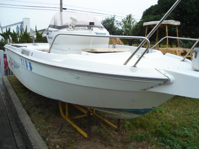 Продажа новых моторных и парусных яхт, катеров, лодок и лодочных моторов